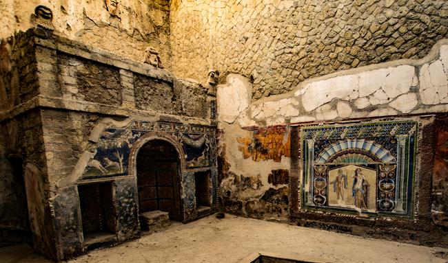 frescos de la casa de neptuno en herculano