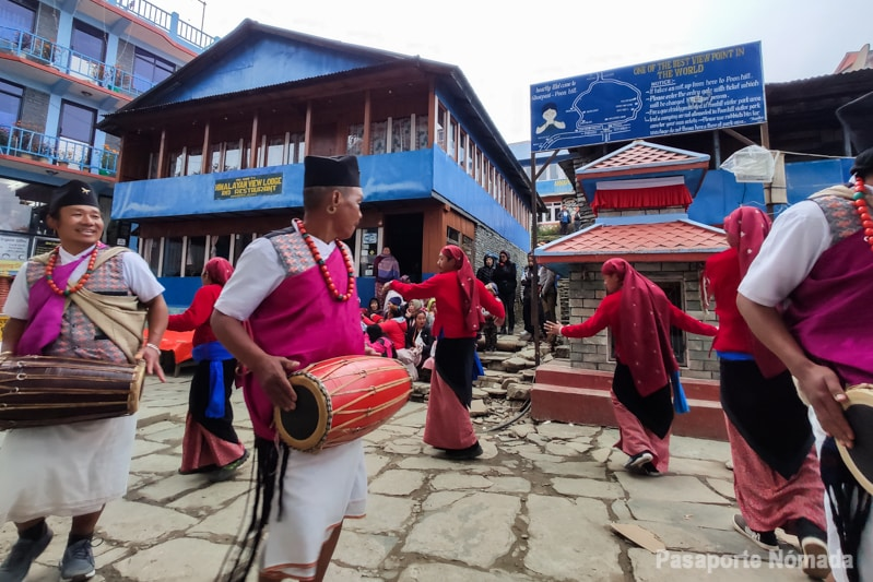 año nuevo newar en ghorepani nepal