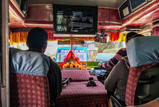 autobus desde nayapul a pokara