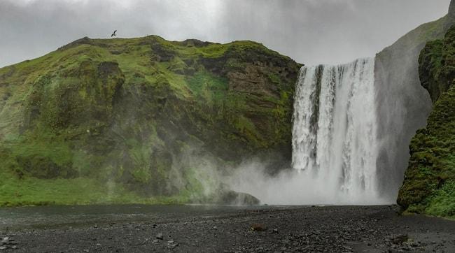 ruta por la ring road cascadan skogarfoss islandia