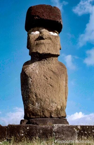 ahu ko te riku moai con ojos en hanga roa