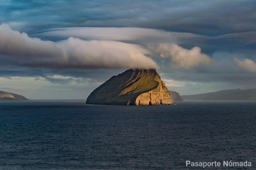 ruta por las islas feroe islote de koltur