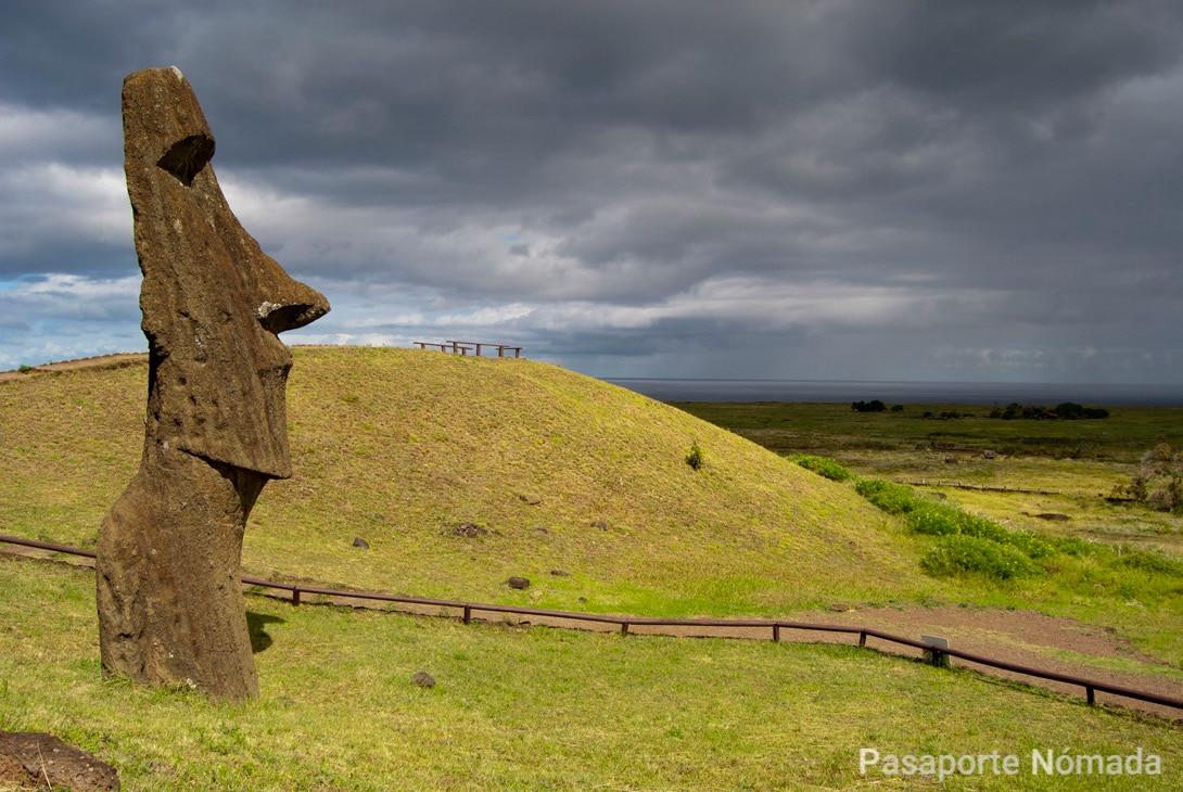 moai piro piro isla de pascua
