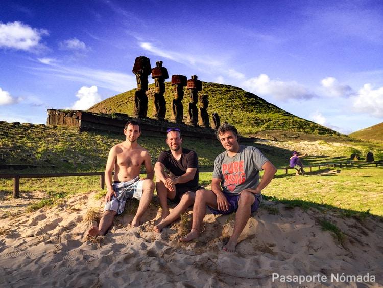 anakena en la isla de pascua