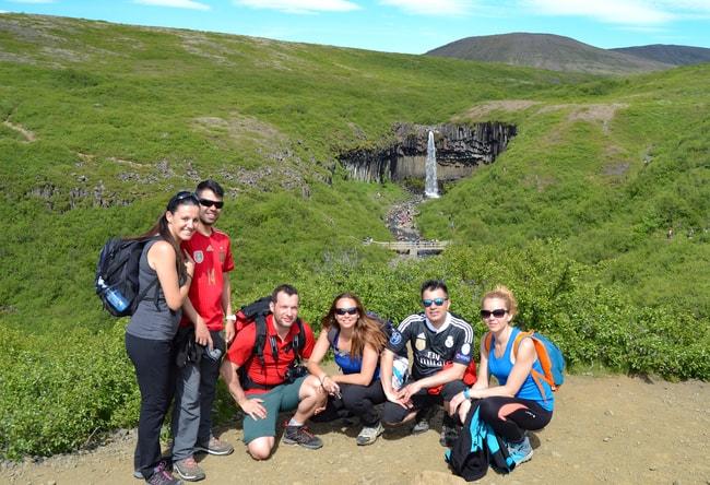 ruta por la ring road svartifoss islandia