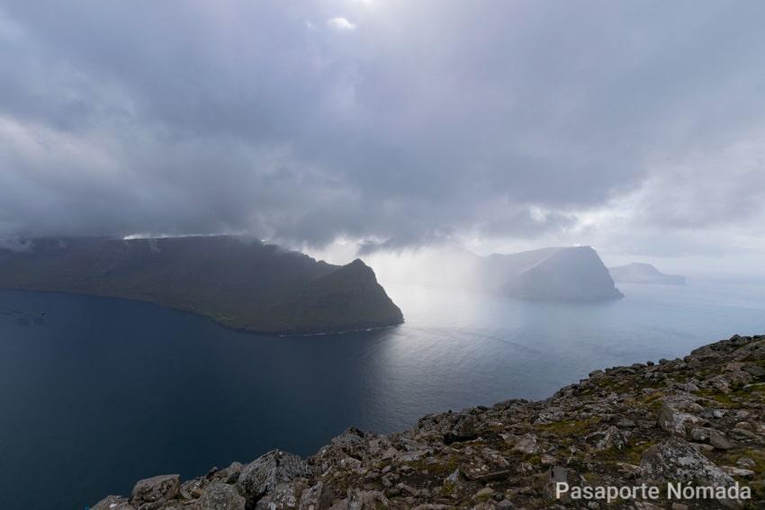 trekking a Villingardalsfjall en islas feroe