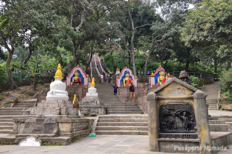 escalinata oriental swayambunhat
