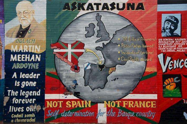 mural republicano en apoyo al pais vasco