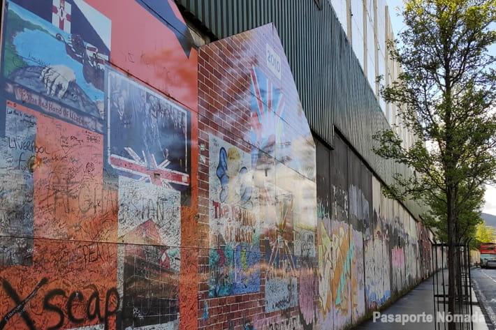 muro de la paz en west belfast