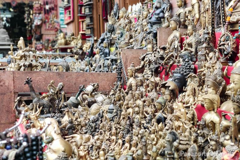 tienda de recuerdos en kathmandu