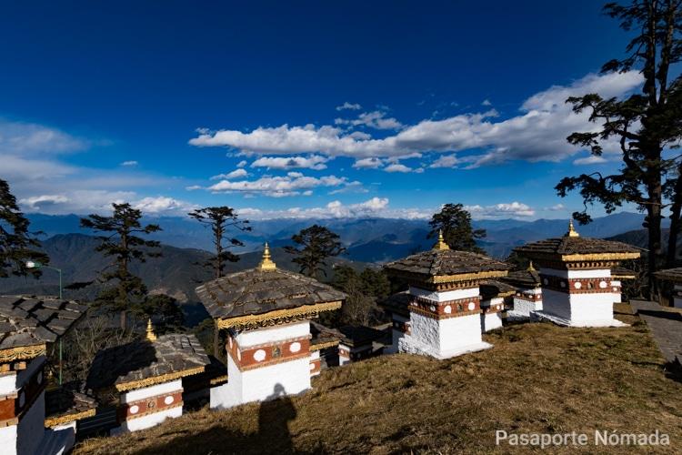 montes del himalaya desde dochula pass