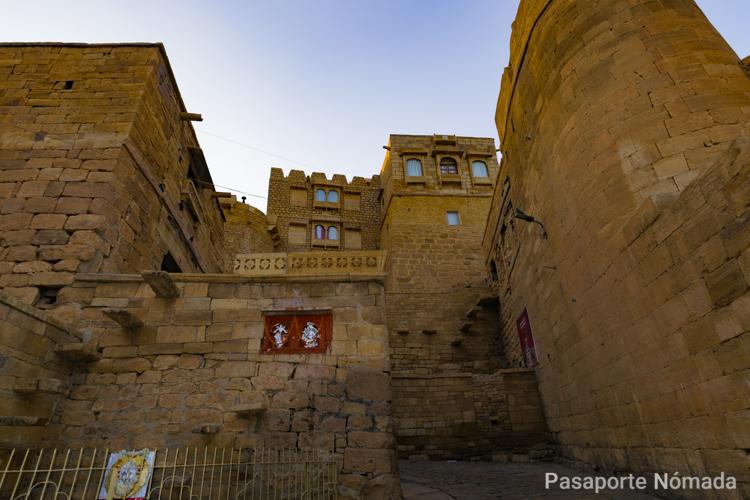 calles de la ciudad de jaisalmer