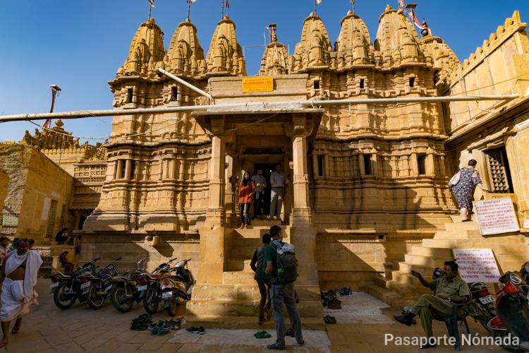 fachada del templo laxminarayan en jaisalmer