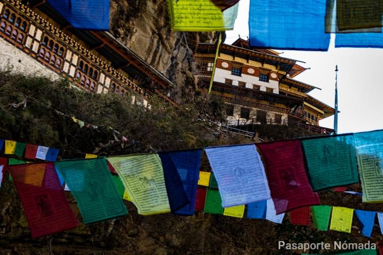 monasterio del nido del tigre en butan