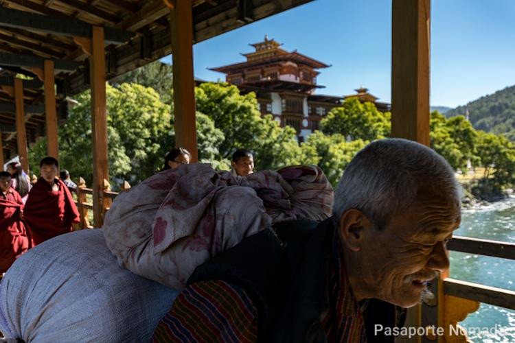 que ver en un viaje a butan punakha zong