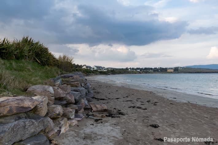 playa de ballinskelligs en el anillo de skellig