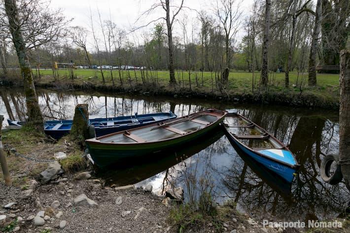 embarcaciones en el lago lower