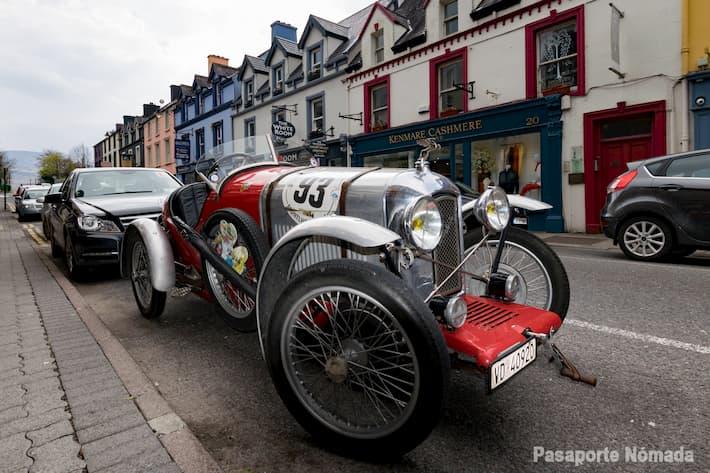 concentracion de coches historicos en kenmare