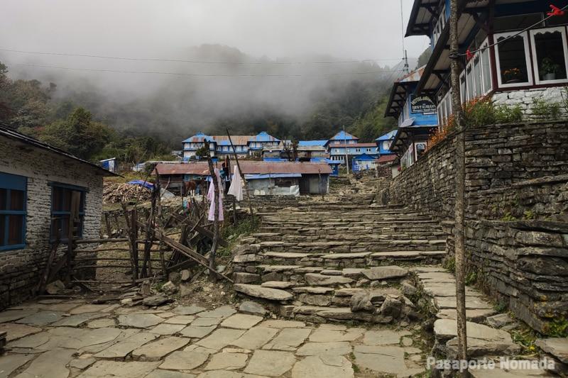 aldea de ghorepani nepal