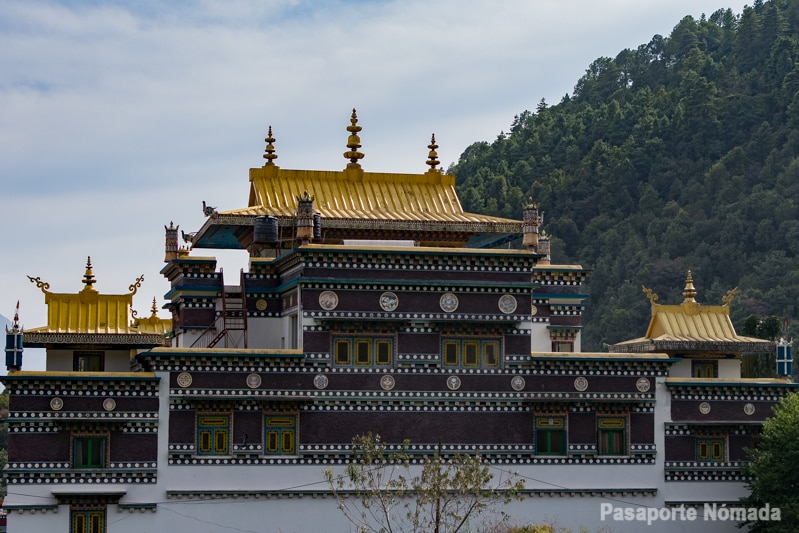 monasterio new azom pharping valle de kathmandu
