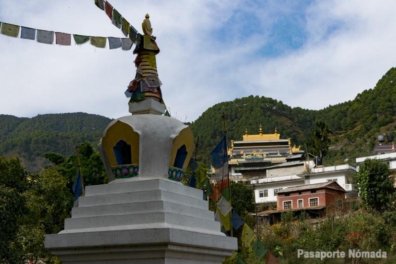 monasterio retiro espiritual en pharping