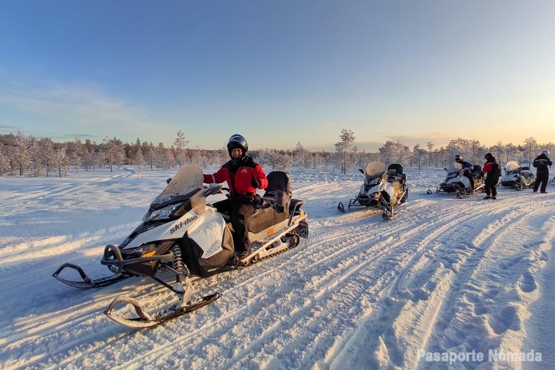 excursion en moto de nieve en rovaniemi