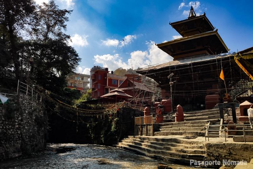 templo de gokarna mahadev en el valle de kathmandu