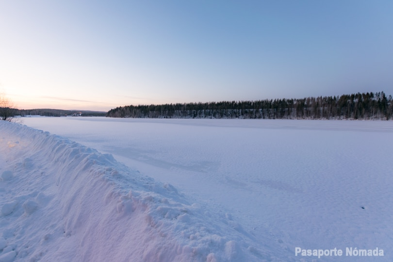 lagos helados en laponia finlandia