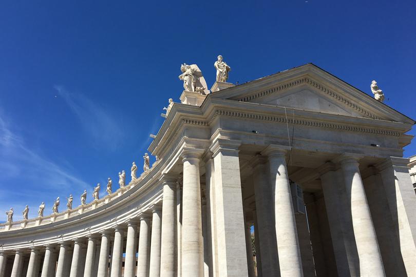 columnatas de la plaza de san pedro