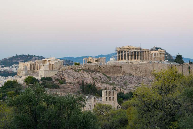 vistas hacia la acropolis y el partenon desde la colina de filopapos