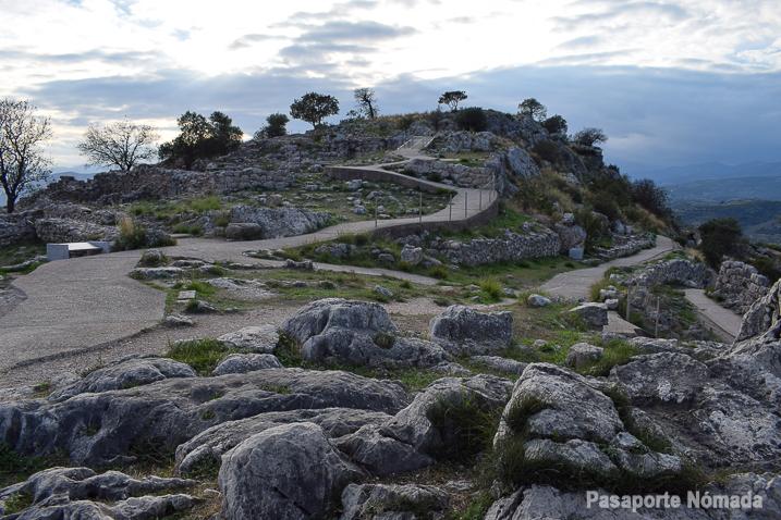 ruinas del yacimiento de micenas