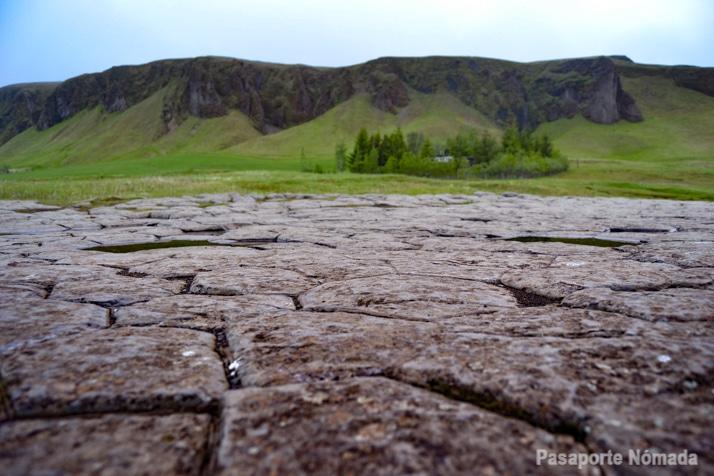 kirkjugolf sur de islandia