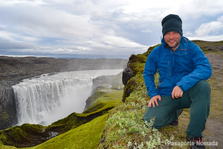 cascada de detifoss ruta por islandia en caravana